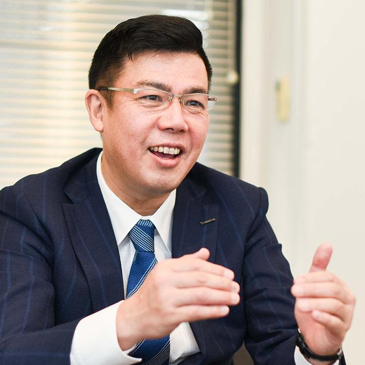代表取締役会長兼CEO 長島俊治